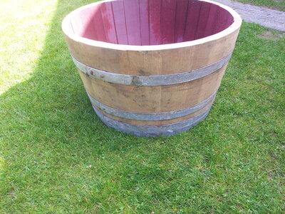 Bloembak half wijnvat 112 liter